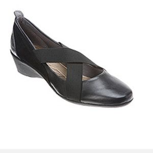 DKNY Sporty Alyssa Mary Jane Wedge Shoes 7